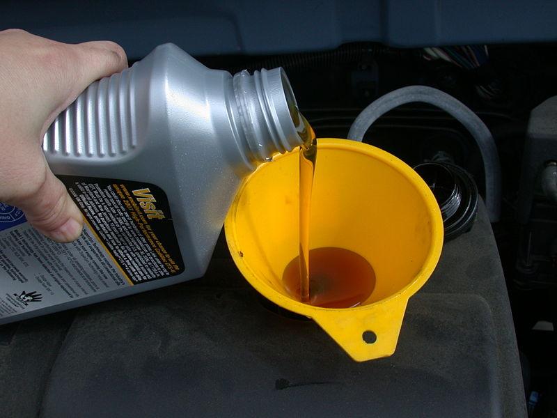 http://www.useitagain.org.uk/wp-content/uploads/2011/04/motor-oil.jpg